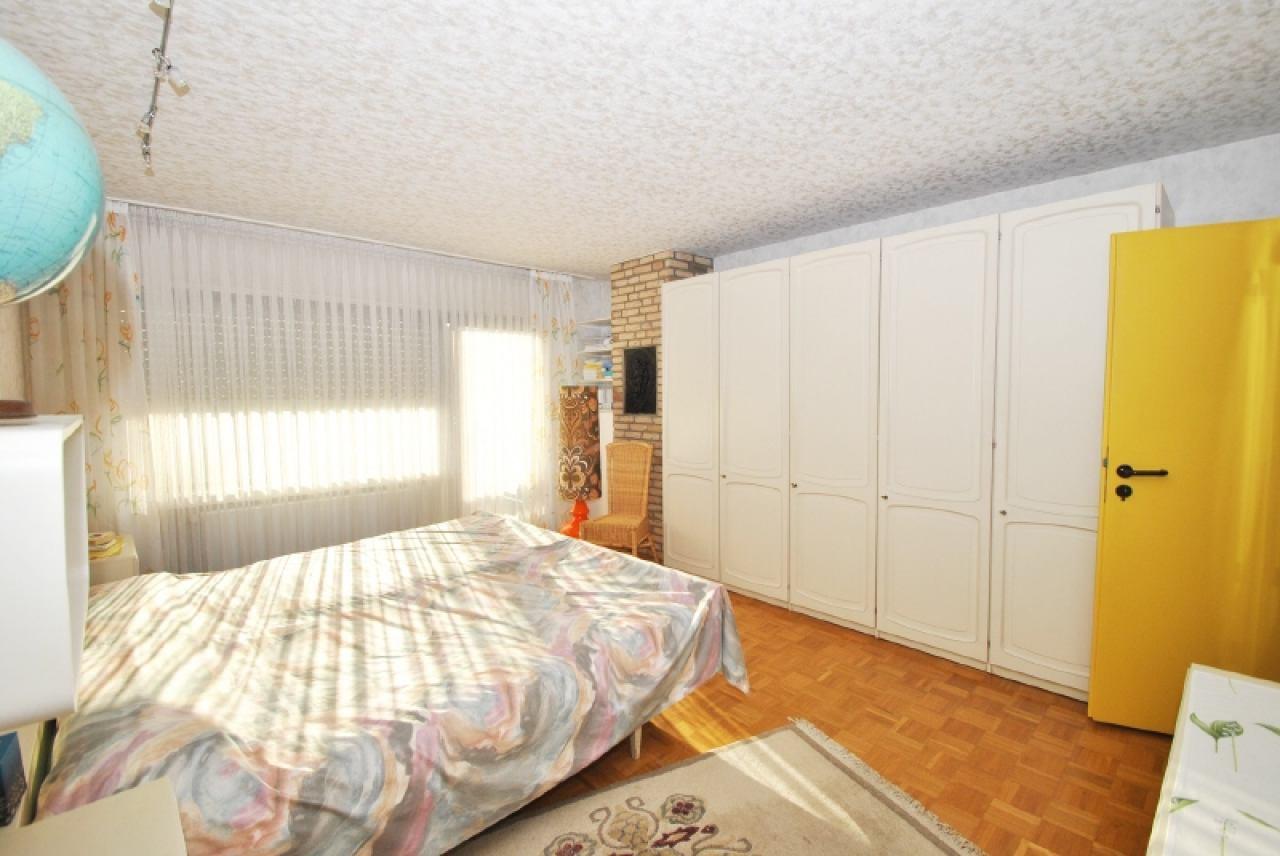 2281 - Elternschlafzimmer