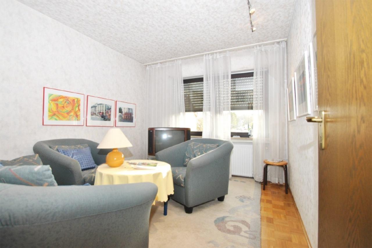 2281 - Kinderzimmer ohne Balkon