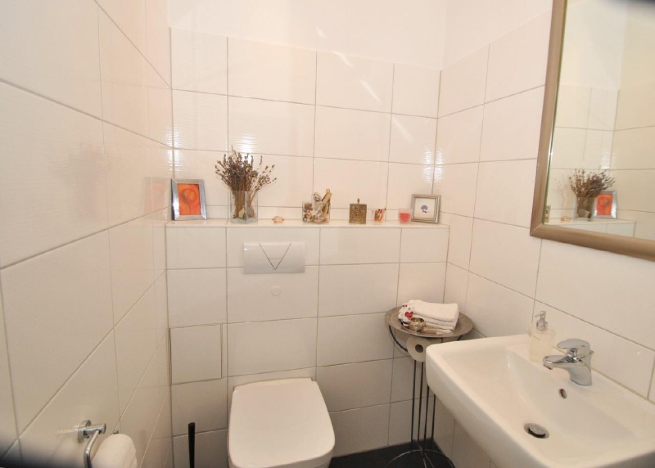 2315 -Gäste-WC