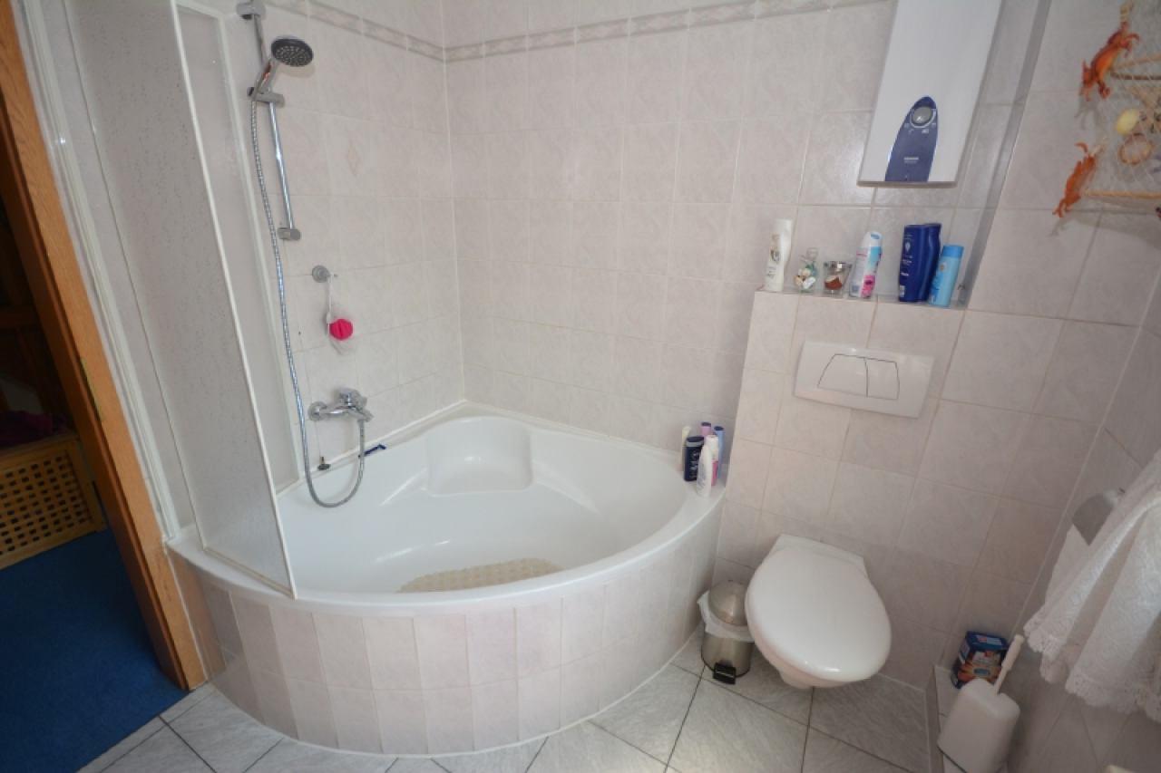 Die Dusch-Badewanne