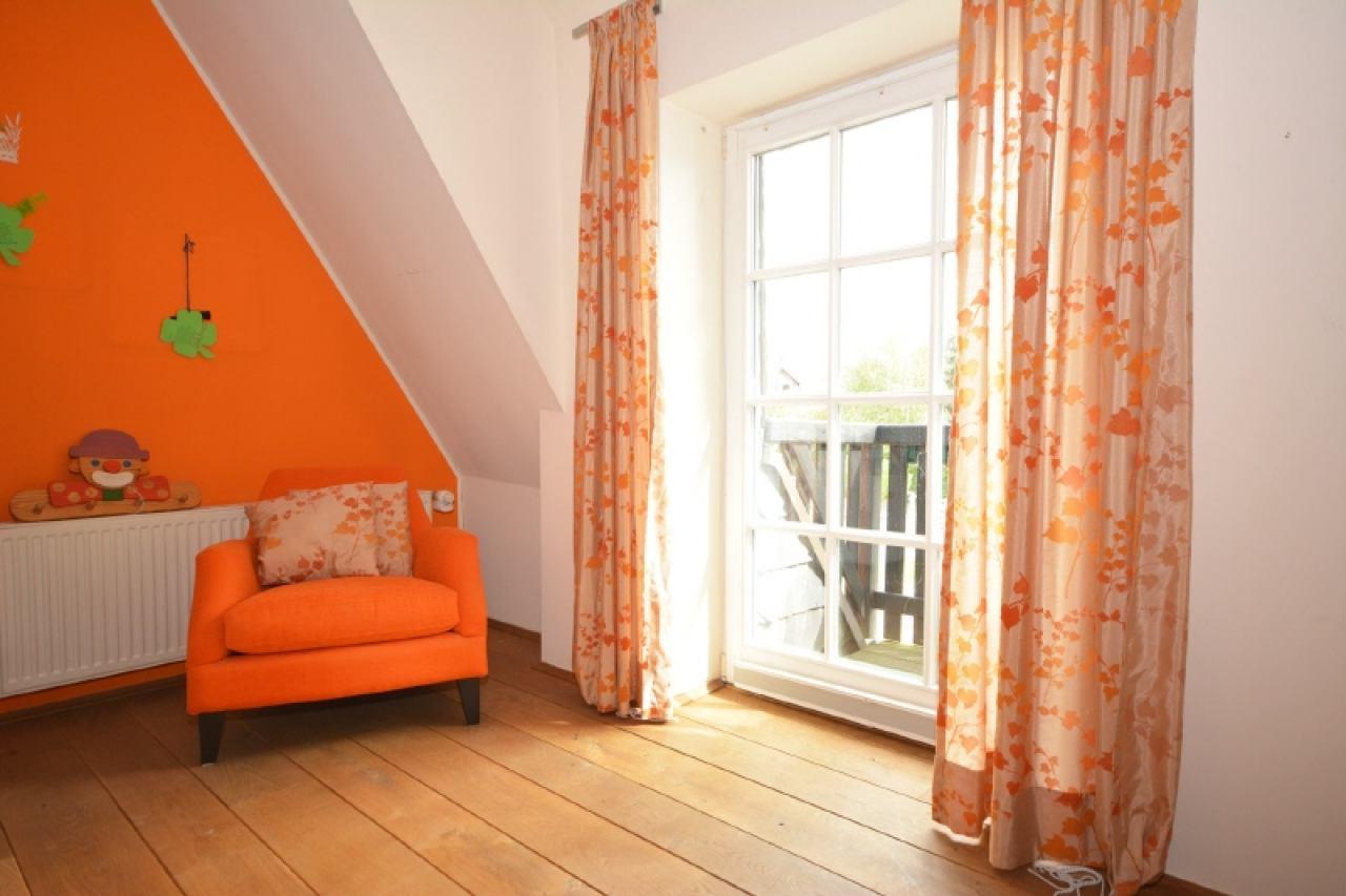 Kleine Balkone am Schlafzimmer
