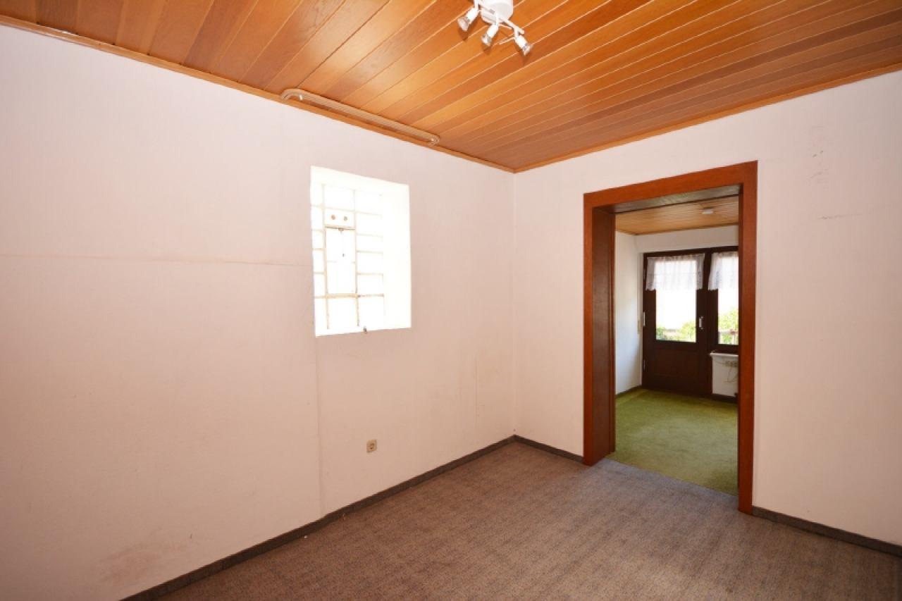 Durchgangszimmer zum Zimmer 2 im OG