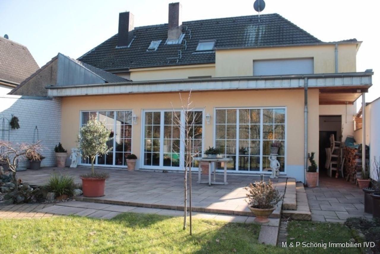 Haus Zum Kauf In Köln Volkhovenweiler Volkhoven Großes Haus